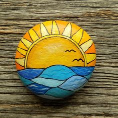Ocean Sunset Painted Rock, Decorative Accent Stone, Paperweight Ocean Sunset Painted Rock, Dekorativer Akzent Stein, Briefbeschwerer by HeartandSoulbyDeb on Etsy Rock Painting Patterns, Rock Painting Ideas Easy, Rock Painting Designs, Paint Designs, Pebble Painting, Pebble Art, Stone Painting, Rock Art Painting, Black Painting