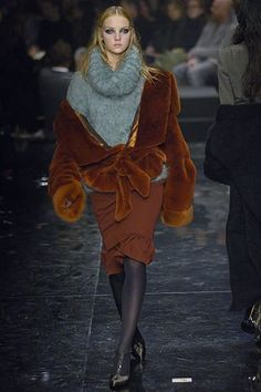 Jean Paul Gaultier Fall 2005 Ready-to-Wear Collection Photos - Vogue