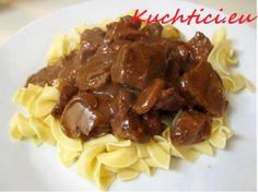 Hovězí maso na žampionech | Kuchtíci.eu Cookbook Recipes, Meat Recipes, Crockpot Recipes, Recipies, Cooking Recipes, Tortellini, Beef Tips And Noodles, Chicken Scampi Recipe, Susan Recipe