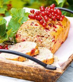 Kirpsakka punaherukka kesyyntyy makeissa leivonnaisissa ja jälkiruoissa. Nappaa talteen kesän pirteimmät viinimarjaohjeet!