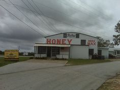 Struthers' Honey.  The best !  FL SR-60 Lake Wales,Florida