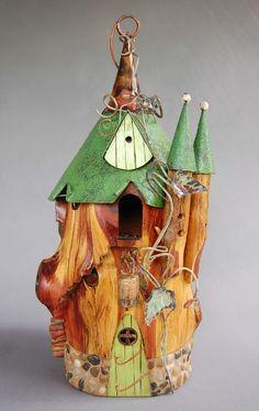 Arborcastle bird house