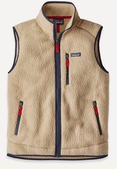 Beige retro Pile Vest model sweater of the Patagonia brand. Vest type with zip closure. Mens Fleece, Fleece Vest, Fleece Jackets, Chaleco Casual, Retro, Menswear, Mens Fashion, Gothic Fashion, Fashion Trends