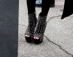 hot studed open toe wedges
