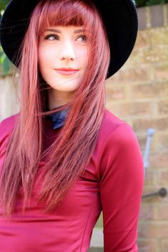 Lady in Red - Megs from Wonderful You dazzles in Britfash British Fashion, Uk Fashion, Vintage Fashion, Fashion Outfits, Red Hair With Bangs, Hairstyles With Bangs, What I Wore, Lady In Red, Personal Style