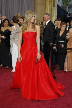 Jennifer Aniston in Valentino | On the Red Carpet at the Oscars - Slideshow - WWD.com