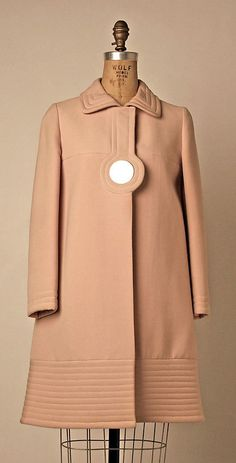 1968 Pierre Cardin Coat - with a lil bit of tweaking for the fitting this would be fab for tday