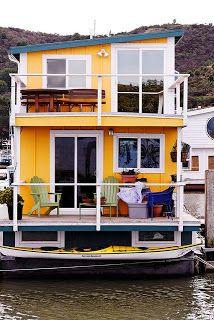 Tiny House - Houseboat --- #tinyhouse #houseboat