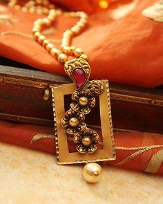 Trendy Ideas For Jewerly Diamond Necklace Pendants Art Nouveau Gold Jewellery Design, Gold Jewelry, Bridal Jewellery, Manubhai Jewellers, Terracota Jewellery, Gold Necklace Simple, Gold Necklaces, Art Nouveau Jewelry, Jewelry Model