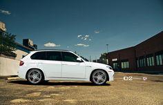 BMW second freight train Bmw X Series, Bmw X5 E70, Lamborghini Aventador Roadster, Sport Suv, Vossen Wheels, Bmw Love, Custom Wheels, Bmw X3, Bmw Cars