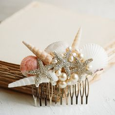 Hair Comb Sea Shell Hair Comb Shell Pearl Headpiece Summer Beach Wedding Mermaid Ocean Gift for Her Shell Jewelry Resort Vacation Bridal beach hair comb. Mermaid wedding, beach wedding, tropical wedding, destination weddingShelling Shelling may refer to: Beach Wedding Hair, Bridal Hair, Bridal Comb, Beach Hair, Wedding Veil, Wedding Tips, Summer Wedding, Wedding Photos, Pearl Headpiece