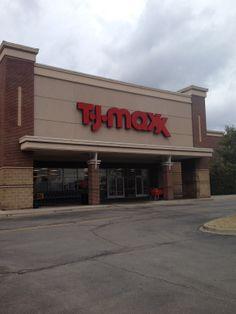 TJ Maxx Channel letter Sign located in Springhurst Shopping Center, Louisville, Ky.  #tjmaxx #springhurstshoppingcenter #commonwealthsign