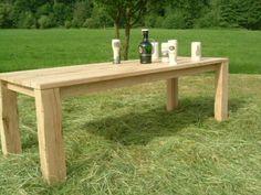 Hochwertiger-Eichenholz-Gartentisch-Eichentisch-Eiche-Tisch