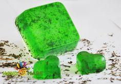 """""""Мятный мохито"""" Если Вы новичок в мыловарении и любите мяту, то этот мастер-класс как раз для Вас! Это мыло очень простое в приготовлении и ароматное, а изумрудный цвет завораживает. Cleaning Recipes, Soap Recipes, Diy Cleaning Products, Coffee Soap, Organic Soap, Home Made Soap, Soap Making, Watermelon, Polymer Clay"""