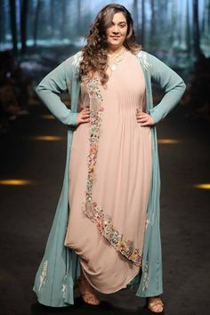 Rixi-and-Tinka-Bhatia-at-Lakme-Fashion-Week-Summer-Resort-2018