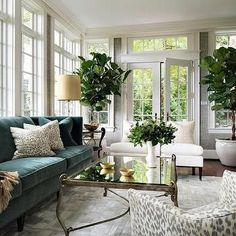 Weekend Eye Candy ( http://www.southshoredecoratingblog.com/2017/03/weekend-eye-candy.html )Stacy Curran, 11 Mar 05:00 AM  ( http://www.southshorede...