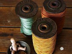画像1: アンティーク 木製ボビン(糸巻き) ALASTRA