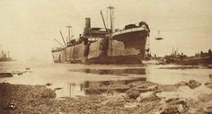historywars: British ship River Clyde run ashore loaded with troops at Seddul-Bahr, at entrance to the Dardanelles Gallipoli Campaign, Ww1 Photos, Still Standing, Good Cause, Battleship, World War I, Titanic, First World, Troops