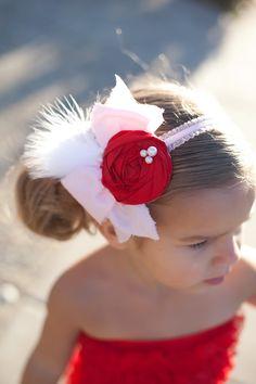 Valentine rosette and bow headband.LOVE this for my Madison Diy Hair Bows, Ribbon Hair, Fabric Flower Headbands, Fabric Flowers, Diy Headband, Baby Girl Headbands, Diy Hairstyles, Pretty Hairstyles, Butterfly Hair