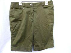 f33643fd09 JONES NEW YORK Signature 8 stretch olive green bermuda women's shorts EC  #JonesNewYork #KhakisChinos