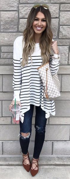 White Oversized Striped Knit / Destroyed Navy Skinny Jeans / Brown Laced Up Pumps / White Checked Tote Bag Source