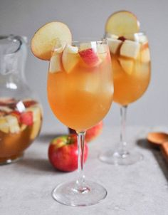 Tasty Tidbits & More: Apple Cider Sangria
