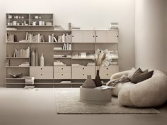 String System Beige and String Pocket Blush are new additions to the Scandinavian storage system. String combines shelves and frames in a flexible system. Modular Bookshelves, Modular Shelving, Shelving Systems, Bookcases, Living Room Inspiration, Interior Inspiration, String Regal, Console Shelf, String Shelf