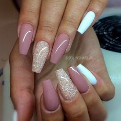 18 beige nails for your next manicure - Nageldesign & Nailart - glitter nails summer Coffin Nails Long, Long Nails, Pink Coffin, Short Nails, Acrylic Nail Designs, Nail Art Designs, Nails Design, Classy Nail Designs, Acrylic Art
