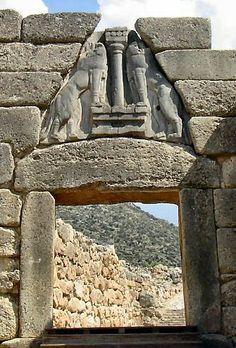 """""""Puerta de los leones"""" en Micenas. Grecia."""