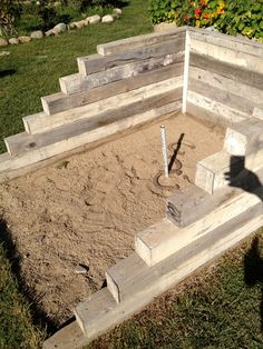 great idea for horseshoe area.... http://brookegiannetti.typepad.com/.a/6a00e554d7b8278833016768e849b0970b-pi