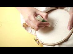 Broderie : comment se servir d'une aiguille magique - YouTube