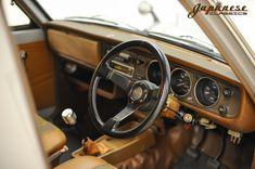 Modyfikowane japońskie klasyki trafiają w Stanach na podatny grunt. Takie modele jak np. klasyczny Skyline wkroczyły już w stratosferę cen, a całkiem przeciętne, lecz charakterystyczne dla JDM modele również mają się tam świetnie. Przykładem Nissan Sunny Truck GB121 Long Body Deluxe z ogłoszenia (ten tylnonapędowy model był w produkcji między 1977 a 89 rokiem). Co…
