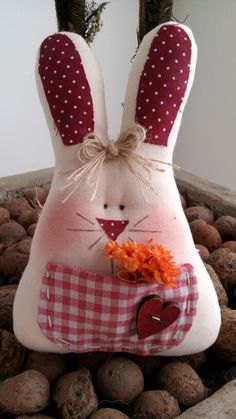 Sweet Fabric Easter Bunny with Pocket ❤ Rabbit Crafts, Cat Crafts, Crafts To Make, Easter Projects, Easter Crafts, Spring Crafts, Holiday Crafts, Easter Pillows, Homemade Dolls