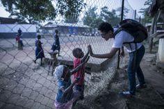 Kisah Dokter Indonesia Lintas Batas yang rela berkorban demi kemanusiaan di perbatasan.