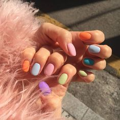 The Best Nail Trends and Colors for Spring 2019 - Glamour