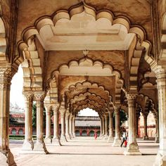 Tag someone you'd love to plan your next #trip to Red Fort Agra. #India #Travel #Travelgram #Destination #UttarPradesh #Noida #Mathura #Delhi #Gurgaon #Architecture #Monument #Beauty #Instagood #Instamood #Instadaily #IncredibleIndia #Jaipur #TouristPlacesinIndia #Kanpur #Banaras #RedFort #Fort #Culture #Art