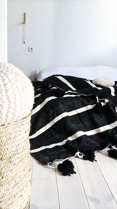 Moroccan POM POM Cotton Blanket Black - White Stripes / muima*