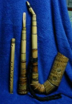 My bamboo saxophones and bamboo flute. I used bamboo coinbox sold in a wat as my material. I wrote about bamboo saxophone in my blog in Thai.
