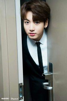 jungkook :knock knock this is jungkook me : fainted