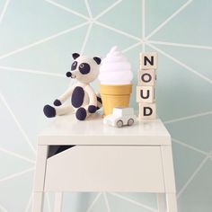 Lovely ice Cream light  http://www.dekrullevaar.be/product_info.php/products_id/2959