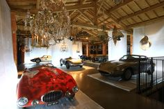 Cars winners of the Mont Ventoux race in Provence in beginning of the auto industry! And ancient chandeliers from the collection of Regis Mathieu. Mathieu Museum, winter 2014-2015