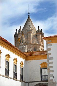 Évora - PORTUGAL Caldas da Rainha, PortugalEnjoy your Holidays in Portugal Read more about Portugal : www.enjoyportugal.eu OR https://www.facebook.com/enjoyportugalcountry PORTUGAL a small BIG country Enjoy Portugal