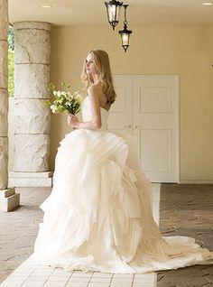 ウエディングドレスショップ シンデレラ(Wedding Dress Shop Cinderella)  大人の洗練フリルのナチュラルドレスAN0100iv