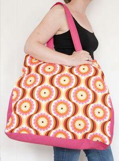 Free beach bag pattern | Strandtasche, Badetasche, Weekender, Wendetasche - freebie