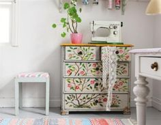 Painted chest of drawers @Alicia T T Fernandez