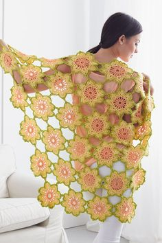 "Free pattern for ""Garden Flowers Shawl""!"