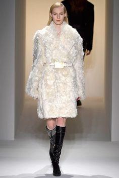 Fashion-with-Style.com | Calvin Klein Fall/Winter 2013/14 #calvinklein #runway #catwalk #fashion #fall #model