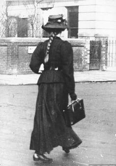 Edwardian street fashion, 1906-1909.