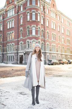 winter outfit stuart weitzmann over the knee boots fluff bag charm balmuir samsoe & samsoe nor dress