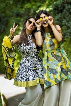 Fashion brand Nishat Linen launched spring summer lawn dresses 2017 in vibrant shades, patterns and designs. Pakistan Fashion, India Fashion, Girl Fashion, Trendy Dresses, Casual Dresses, Fashion Dresses, Simple Dresses, Fashion Pants, Pakistani Dress Design